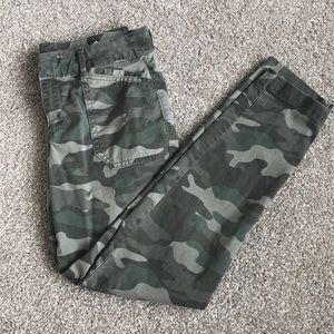 Like New Camo Pixie Chinos